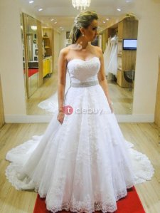 Sweetheart Appliques Beading A Line Wedding Dress
